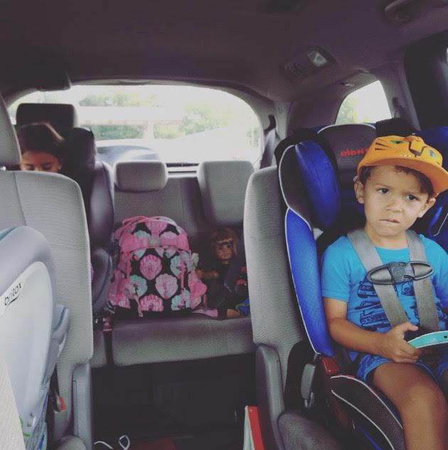 5 Tips to Survive Road Trippin' with Tiny Humans